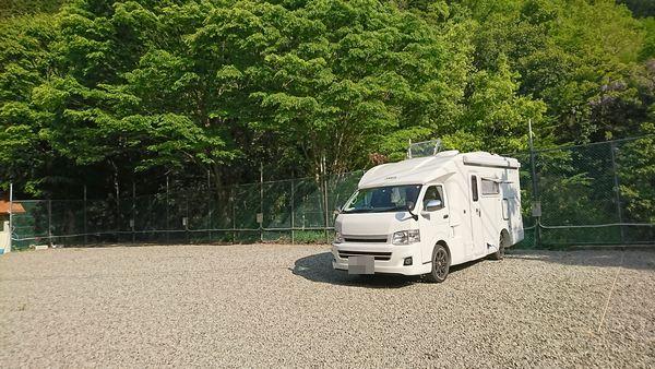 RVパーク美郷の湯の駐車スペース
