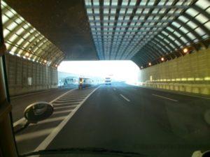 明石大橋 トンネル