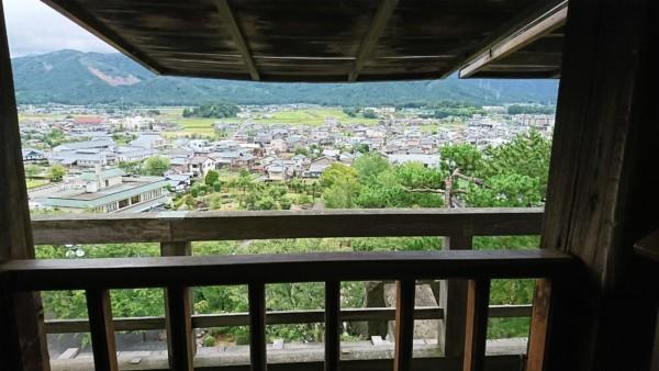 丸岡城 3階窓からの風景