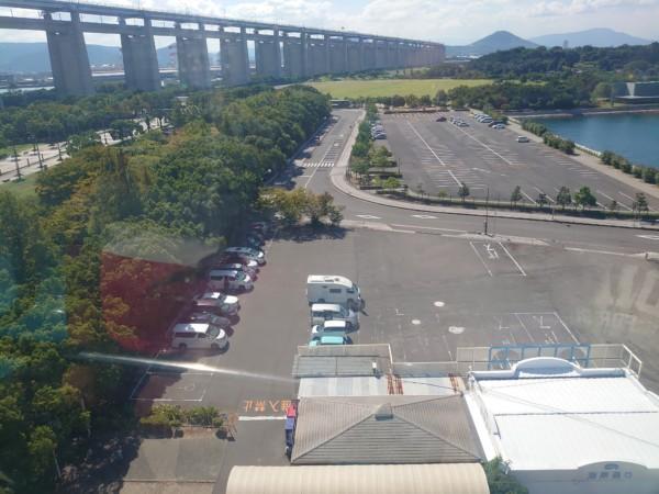 瀬戸大橋タワーから見た駐車場