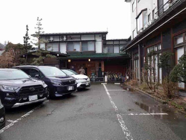 霧氷館の第一駐車場